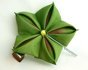 Oak Leaf Kanzashi Single