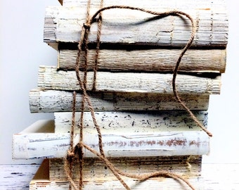 Painted Books, 3 to 5, Book Bundle, Minimalist, White Books, Distressed,Wedding Table, Decorative Books, farmhouse decor rustic country