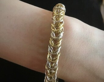 Chainmaille box chain bracelet in gold and silver (color)