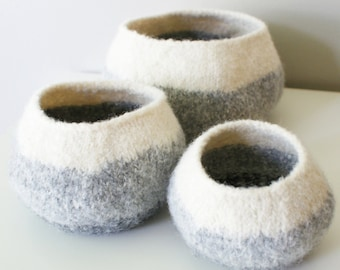 """DIY Knitting PATTERN - Knit Wool Felt Graduated Ombre Pods / Bowls (in 4"""", 6"""", and 8"""" diameter)"""