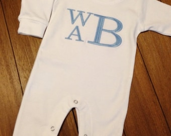Monogrammed romper, personalized, coming home outfit, boy-girl, newborn, infant, baby, newborn pictures, photo outfit