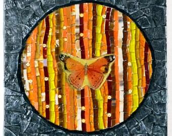 Vitrail art de la mosaïque en verre, mosaïque photo, art mural, art mosaïque, Mixed media, tableau en mosaïque de verre, décoration de la maison - un Orange papillon