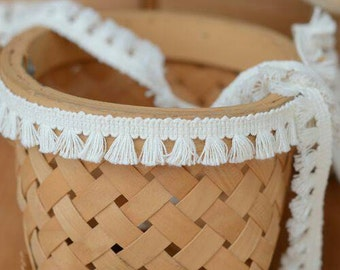 """2 Yards Off WHITE Lace Trim Fringe Tassel Piping Embroidery Trim 1/2"""" Wide"""