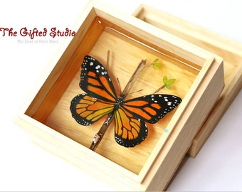 Butterfly Resin artwork!A lovely gift, Mixed Media art,resin painting,resin art,Butterfly resin painting