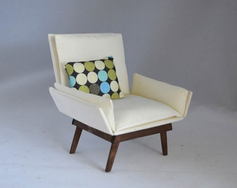 """1:6 scale chair_mid-century_multiple finishes available_off white fabric, sewed_playscale dollhouse chair, doll diorama for 10 to 12"""" dolls."""