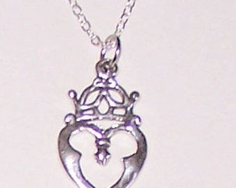Sterling Silver CELTIC HEART Pendant and Chain -
