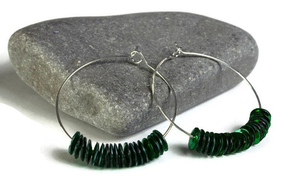 Green sequins hoop earrings (640)
