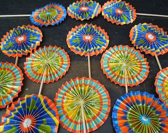 Party Decorations Crimped Paper Fans - 14  Appetizer Picks Colorful Paper - Origami Style Drinks Sandwich Toothpicks - Ornaments Vintage