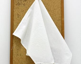 Set of 3 linen kitchen towels with cotton lace/ Tea Towel/ White kitchen towels