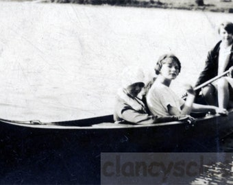 vintage photo 1929 Young Beauties Canoe on Lake 3 of Victoria's Shebas