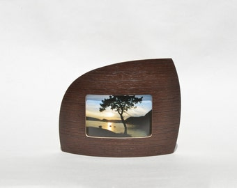 """Landscape Picture frame in wenge for 4"""" x 6"""" picture"""