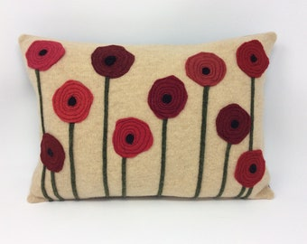 Poppy pillow - Decorative recycled wool sweater pillow