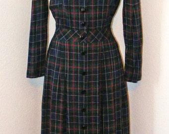 Plaid Print 80s Vintage dress in size 8