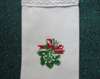 Gift or Sachet bag  Mistletoe