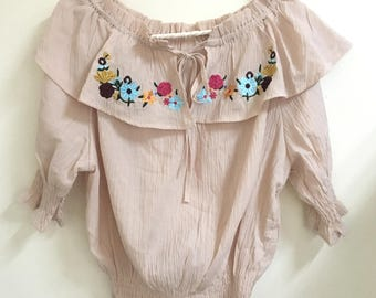 Embroidered off shoulder cropped top blush pink s