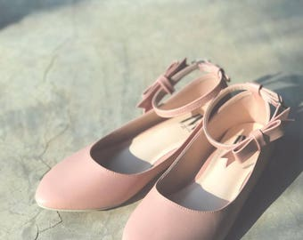 Women Slip On - Pointed Toe Flats! Nude Pink