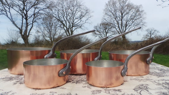 Vintage French 1.4mm Set Five Graduated French Copper Pans Quality Copper Pots Hammered Bases Cast Iron Handles 12cm-20cm Normandy Kitchen