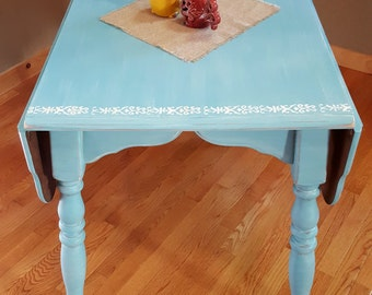 SOLD**Distressed Vintage Drop Leaf Table, Farmhouse Table, Shabby Painted  Table,