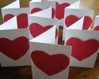 Plantable paper heart on a miniature card - Wedding place card, Mini Card, Love - Classroom party - Valentine's Day party favor