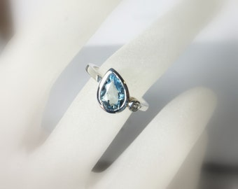 Aquamarine Pear and Sapphire Sterling Silver, Size 6, Ready to Ship, Tear Drop, Side Swept