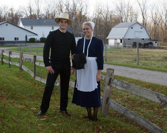 Amish Couples Outfit Man and Woman Go Dutch! All you need! Kapp