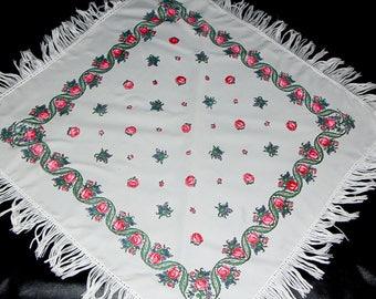 SALE! White floral shawl piano shawl Russian shawl scarf fringed shawl bohemian shawl vintage white shawl with tassels boho shawl fringe