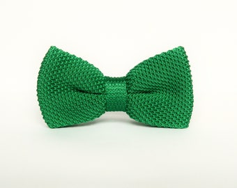 Green knitted bow tie Pre-tied bow tie gift for men wedding green bow tie groomsmen uk