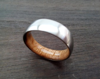 Bourbon barrel ring, Mens wedding band, Titanium wood ring, Whiskey barrel wood, Round band, 7mm band, Oak wood inside, Gift for boyfriend.