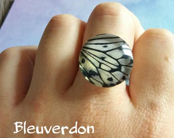 Cabochon White Butterfly wing ring