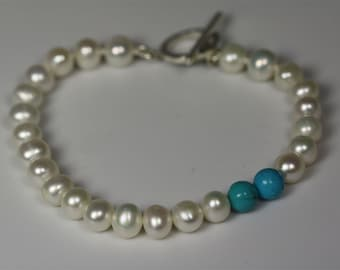 Pearl Accent Bracelet (Turquoise)