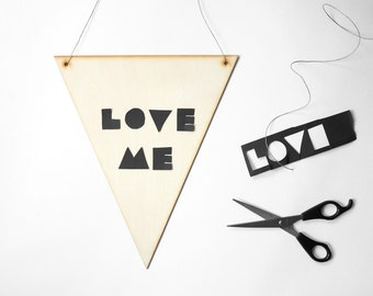 28 cm high wooden triangle pennant, blank, unpainted, lasercut, with holes, flag, banner, wall hanging, plywooden flag, DIY