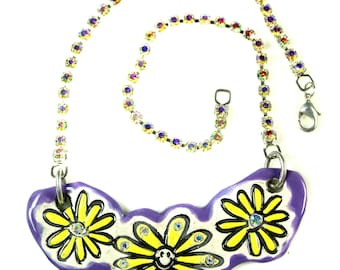 Happy Hippy Daisy Sparkle Surly Ceramic Necklace with Rhinestone Chain