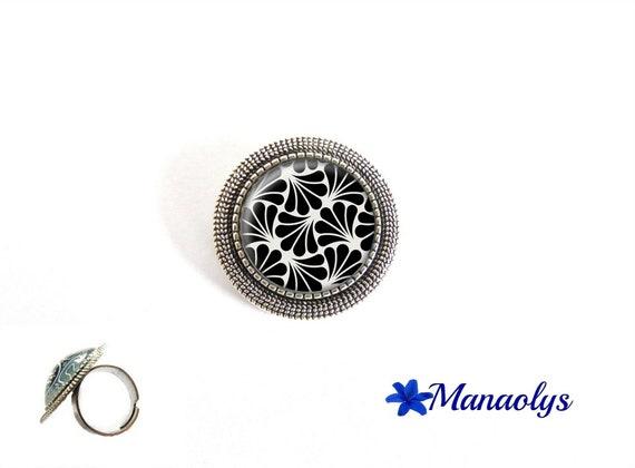 ring adjustable antique silver round art nouveau, art deco patterns, 216 glass cabochons