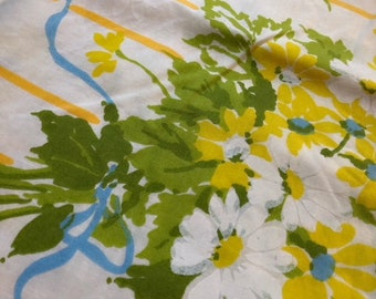 yellow floral pillowcase 1960's 1970's