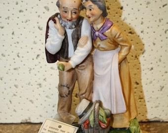 Lefton Couple Figurine
