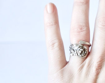 Vintage Reed and Barton Sterling Silver Tea Rose Spoon Ring
