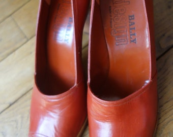 Vintage BALLY DESIGN Pumps. Size: 6,5 (EU37)