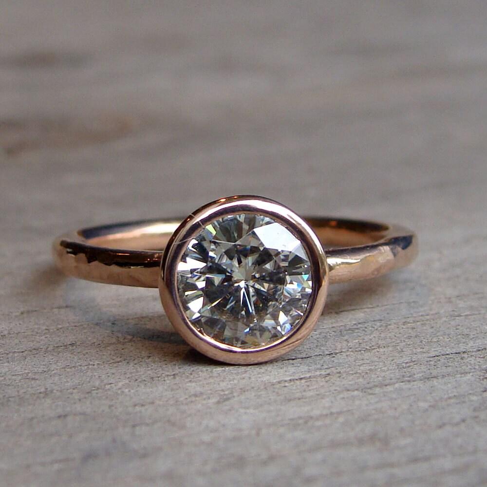 zoom - Eco Friendly Wedding Rings