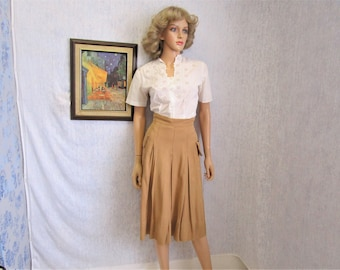 "40s 28"" L Rayon Camel Pleated Skirt"