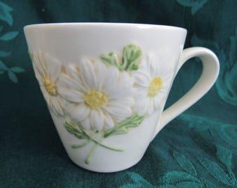 Metlox Daisy PoppyTrail Coffee Cups, Set of 2, Veronware, California Pottery
