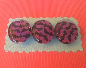 """Magnets 1 1/4"""" Halloween bats"""