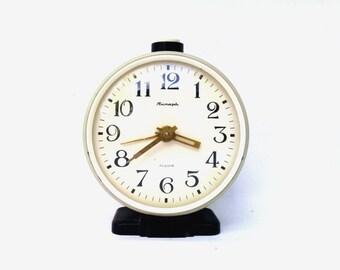 Vintage soviet union alarm clock Jantar off white mechanical clock retro clock mid century alarm clock home decor made in USSR 70s