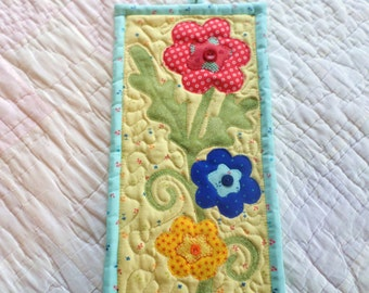 Flowers Power Wall Hanging/mini quilted wall hanging