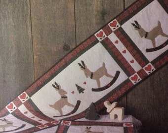 Rocking Reindeer Christmas Table Runner & Placemat, Minne-Sew-Ta Quilting Pattern