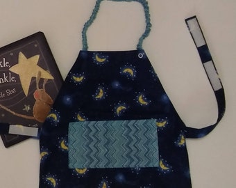 Moon and Stars Montessori Apron, 12-24 mo.