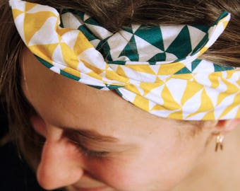 Handmade hairband * triangle *.