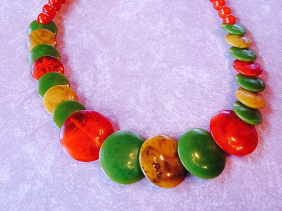 Vintage Bakelite Necklace, Overlapping Discs Unusual Style