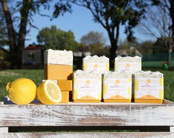 Lemon Poppy Tart Soap by Divo Beauty / Natural soap bar