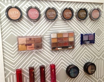 Magnetic Makeup Board / Makeup Organizer / Comes with 40 Strong Magnets