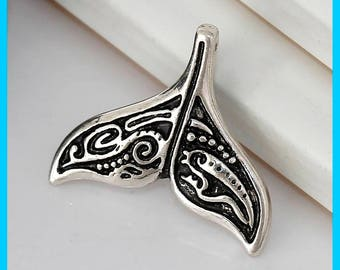 5 Whale Tail Charms in Silver Tone - C2605